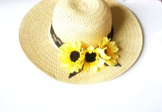 .........................Flower by Beauty Jewelry Gifts on Etsy