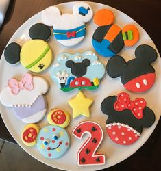Mickey Mouse Theme Party, Mickey Mouse Birthday Cake, Minnie Mouse Cookies, Mickey Mouse Decorations, Mickey Mouse Clubhouse Birthday Party, Disney Cookies, Birthday Cookies, Mickey Sugar Cookies, 2nd Birthday