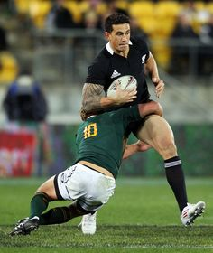 Patrick Lambie tackle on SBW.
