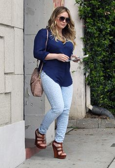 Hilary Duff Wedges - Hilary Duff Looks - StyleBistro