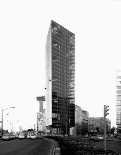 Edificio de la Lotería Nacional 1970  México D.F  Arq. Ramón Torres, Arq. Héctor Velázquez