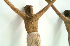 """Cristos especiales para la pelicula """"La Promesa"""", con zonas de roturas para rotura efectos especiales. www.troppovero.com"""