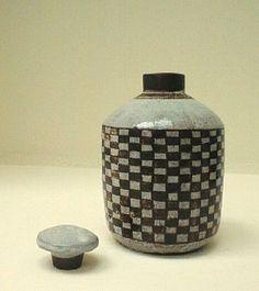black and white - ceramic - squares - Gertrud Vasegaard