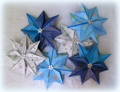 ✧Christmas Star ✧   . Designed: Dr.James Sakoda . Instruções de dobra: https://www.youtube.com/watch?v=v8GiFCyEc0I . Dobrado por: Margareth Mazzilli  Outubro/2014