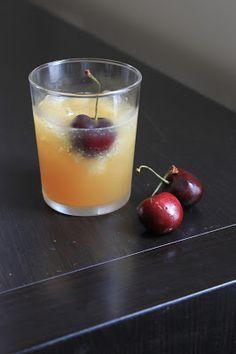 Life's Too Short to Skip Dessert: Brandy Slush (a great summer cocktail) - #summercocktail #summersignaturedrink #weddingdrink