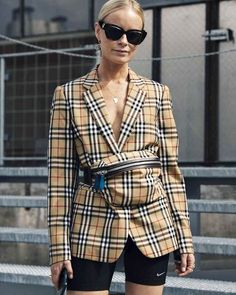cc8e763effa 3249 best Female Fashionista images on Pinterest in 2018