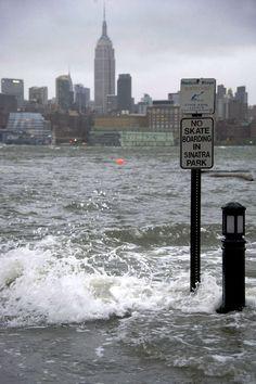 Hurricane Sandy #newyork, #NYC, #pinsland, https://apps.facebook.com/yangutu
