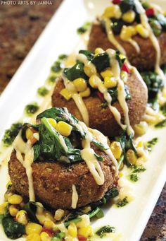 King Crab 'Tail' Cakes with Spinach & Corn Relish, Thai Aioli & Cilantro Oil recipe courtesy of Chef Aaron Schropp, Glacier BrewHouse Finger Food Appetizers, Finger Foods, Copycat Recipes, Fish Recipes, Maryland Crab Cakes, Corn Relish, Easy Halloween Food, Good Food, Finger Food