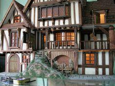 Manorcraft Tudor Dolls House