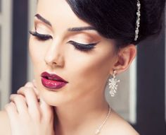 10 effective make-up tips to look good on photos - Wedding Makeup Bridal Makeup Tips, Bridal Makeup Looks, Bride Makeup, Face Makeup Tips, Best Makeup Tips, Skin Makeup, Indian Wedding Makeup, Wedding Beauty, Wedding Hair