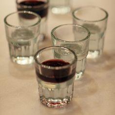 Half full I Pedro García Made in Spain Bilbao Spanish Wine, Bilbao, Cl, Red Wine, Laughter, Alcoholic Drinks, Spain, Night, Friends