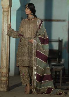 Latest Pakistani Dresses, Beautiful Pakistani Dresses, Pakistani Fashion Party Wear, Pakistani Wedding Outfits, Pakistani Dress Design, Bridal Outfits, Pakistani Couture, Beautiful Dresses, Fancy Dress Design