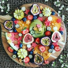 Fruit Platter - February 11 2019 at - Amazing Ideas - and Inspiration - Yummy Recipes - Paradise - - Vegan Vegetarian And Delicious Nutritious Meals - Weighloss Motivation - Healthy Lifestyle Choices Healthy Snacks, Healthy Eating, Healthy Recipes, Healthy Cleanse, Cleanse Detox, Liver Detox, Body Cleanse, Fruit Recipes, Nutritious Meals
