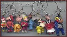 Sleutelhangers, Het speelgoed bij oma. Niet alleen flipje sleutelhangers maar ook mini mayonaise van Calvé
