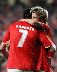 Cardozo, Coentrão, Benfica - Liverpool