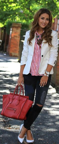 Celine Luggage Handbag in Red Brooklyn Blonde, Red Fashion Outfits, Women's Fashion, Fall Outfits, Casual Outfits, Coco Chanel, Casual Chic, Spring Summer Fashion, Autumn Winter Fashion
