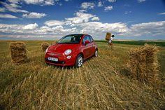 Fiat 500 (  Mihai Dăscălescu / Mediafax Foto  ) Fiat 500, Bmw, Cars, Vehicles, Automobile, Autos, Car, Car, Vehicle
