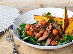 Steak Tagliata mit Rosmarin-Süßkartoffeln und Brunnenkresse