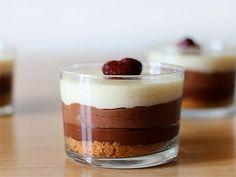 Receta de tarta de tres chocolates - YouTube