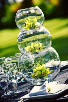 This is The Best DIY Centerpieces Inspirations for Party, Wedding and Holiday we ever seen. Wedding centerpieces are massively pricey but should you search for reasonable alternatives, they may be … Diy Wedding, Wedding Reception, Wedding Flowers, Dream Wedding, Wedding Day, Gold Wedding, Budget Wedding, Trendy Wedding, Wedding Pins