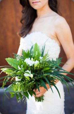 Great take on the all green bouquet! Green and white, mostly foliage bouquet, from scarlett & grace, via Botanical Brouhaha Fern Wedding, Botanical Wedding, Woodland Wedding, Floral Wedding, Wedding Flowers, Bride Bouquets, Floral Bouquets, Green Bouquets, Fern Bouquet