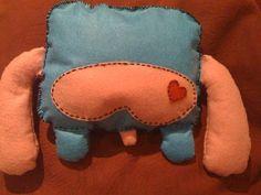 http://www.zinkete.com/2010/06/plush-toy-monigote-azul-y-rosa.html    su culito :D    #plush #felt