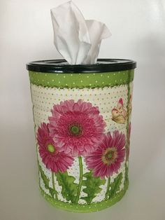Aluminum Can Crafts, Tin Can Crafts, Aluminum Cans, Diy Crafts To Sell, Paper Crafts, Recycle Cans, Unique Christmas Decorations, Tissue Boxes, Crafty