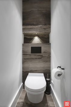 Small Toilet Design, Small Toilet Room, New Toilet, Black Marble Bathroom, Downstairs Loo, Bathroom Toilets, Minimalist Bathroom, Apartment Interior Design, Home Deco