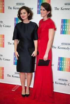 Jackie Kennedy's look-alike granddaughter, Rose Schlossberg standing next to her younger sister, 25-year-old Tatiana Schlossberg, looking chic in a LBD and red lipstick at the Kennedy Center Honors in December 2014.