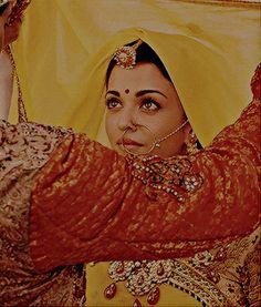 Jodhaa Akbar, Aishwarya Rai Pictures, Tejaswi Prakash, Bollywood, Aishwarya Rai Bachchan, Indiana, First Daughter, Indian Designer Outfits, Indian Movies