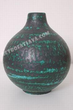 Wächtersbach vase  Green with metallic glaze