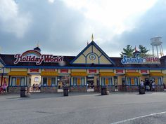 Cleanest park: Holiday World