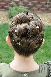 Barrel Roll Bun Hairstyle @ Princess Piggies