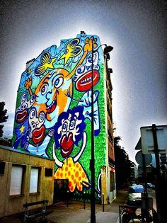 #streetart #Paris #now : le vernissage de Hervé Dirosa à la galerie Lavignes Bastille 27 rue de Charonne 75011 Paris www.lavignesbastille.com/expos-futur.php