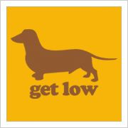 HOW LOW CAN YA GO? WELL, IF YOU GO LOW ENOUGH. YOU CAN KISS A DACHSHUND !!!!