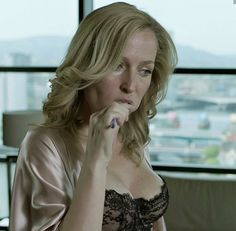 Stylish Older Women, Gillian Anderson, Woman Crush, Pin Up, Scully, Queen, Beauty, Hot, Actresses