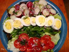 How to Hard Boil an Egg via @Lora Hogan (Daily Southern Sunshine)