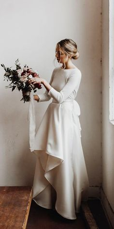 18 Of The Most Graceful Simple Wedding Dresses With Sleeves ❤ simple wedding d. News 2019 - Wedding Invitations Trends 2019 - wedding dress wedding dress lace wedding decor wedding dress Garden Wedding Dresses, Wedding Bridesmaid Dresses, Dress Wedding, Wedding Lace, Wedding Decor, Rustic Wedding, Simple Wedding Dress With Sleeves, Dresses With Sleeves, Dress Sleeves