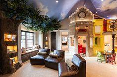 idée de décoration pour la chambre de fille ou de garçon avec un plafond peint