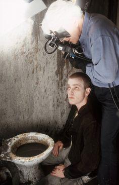 "Ewan McGregor in Danny Boyle's ""Trainspotting"" / ph. Liam Daniel / 1996"