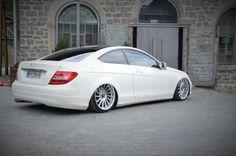 Swagger: Mercedes-Benz C-Klasse Coupé C204: Ab- statt aufrüsten: Das Mercedes C-Klasse Coupé kommt als Low-Benz in Sichtweite - Auto der Woche - Mercedes-Fans - Das Magazin für Mercedes-Benz-Enthusiasten