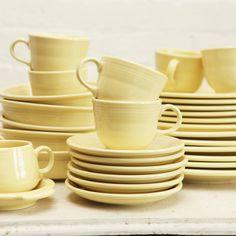fiesta dishware .. love the yellow