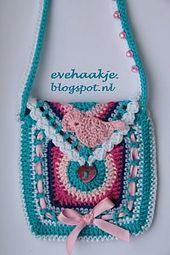 Ravelry: Little bag for a little girl pattern by Eveline de Hollander. FREE PATTERN 5/14.