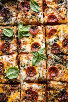 Easy Sheet Pan Tomato Herb Pizza. - Half Baked Harvest Cherry Tomato Sauce, Roasted Cherry Tomatoes, Cooking Recipes, Healthy Recipes, Pizza Recipes, Delicious Recipes, Vegetarian Recipes, Healthy Food, Pasta