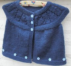 Inspiración. Foto Baby Cardigan, Knitting Accessories, Baby Sweaters, Baby Knitting, Little Ones, Free Pattern, Baby Kids, Knitting Patterns, Cardigans