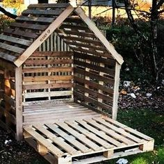 Cool 88 Modern Diy Outdoor Pallet Furniture Ideas For House To Try. Cool 88 Modern Diy Outdoor Pallet Furniture Ideas For House To Try. Pallet Wall Shelves, Pallet Walls, Pallet House, Shelf Wall, Garden Pallet, Pallet Tree Houses, Backyard Pallet Ideas, Pallet Cabinet, Diy Garden Furniture