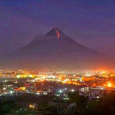 watching Mayon eruption