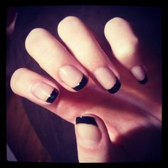 #frenchmanicure #blacktips #trending