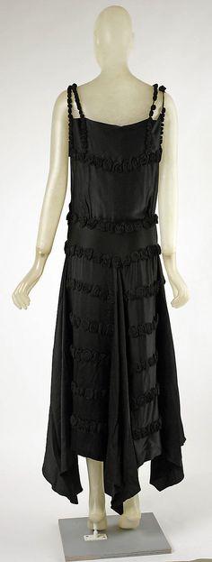 Evening dress  Madeleine Vionnet  French, Fall/Winter 1921-22  silk  Back