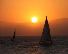 The best experience EVER! Sailing at sunset!